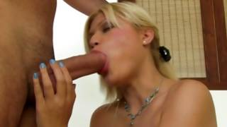 Blond nude tramp deep kissing a vulgar cock